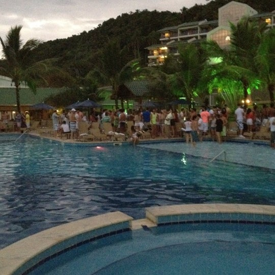 Foto tirada no(a) Infinity Blue Resort & Spa por Rafa B. em 3/25/2012