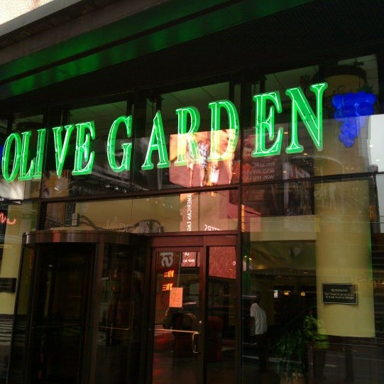 Dining Well Olive Garden For Mom: Italian Restaurant In Theater District
