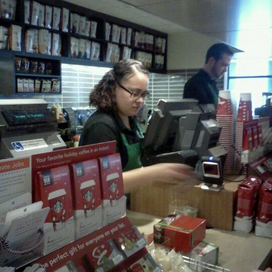 Photo taken at Starbucks by Krissi R. on 11/15/2011