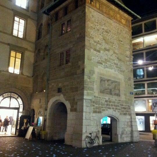 10/20/2011にSalvador V.がPlace du Molardで撮った写真