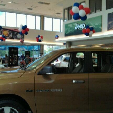 Fair oaks chrysler jeep dodge auto dealership in chantilly for Fair oaks motors jeep