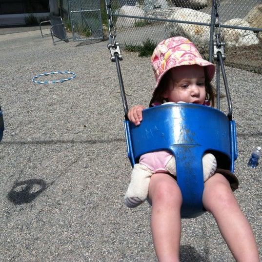 รูปภาพถ่ายที่ Carter Dog Park โดย Curt H. เมื่อ 6/17/2012