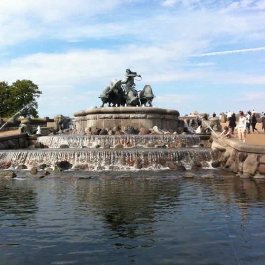 Photo taken at Gefion Fountain by Sara Rask A. on 6/13/2011