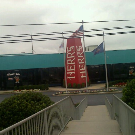 Photo taken at Herr's Snack Factory Tour by Kim F. on 9/20/2011