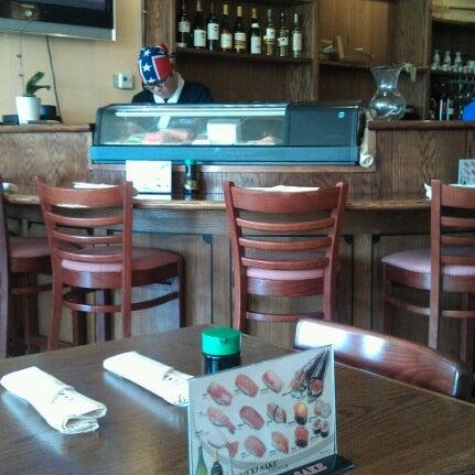 รูปภาพถ่ายที่ Samurai Sushi โดย rlwillis เมื่อ 7/1/2012