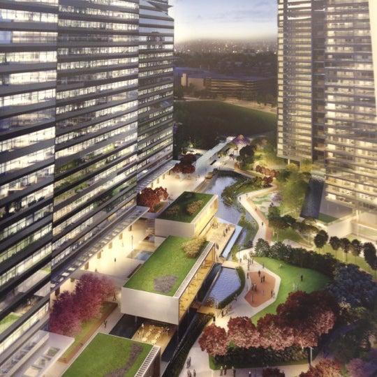 Foto tirada no(a) Obras Parque da Cidade por Matheus G. em 9/4/2012