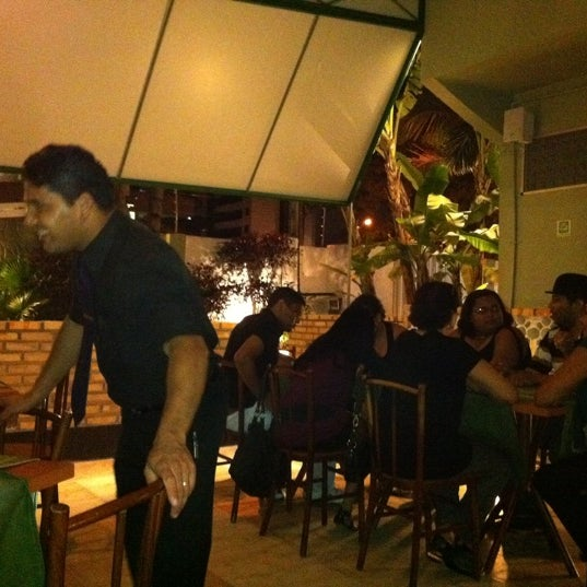 Photo taken at Bercy Village - Crepes e Saladas by Marcos S. on 9/4/2011