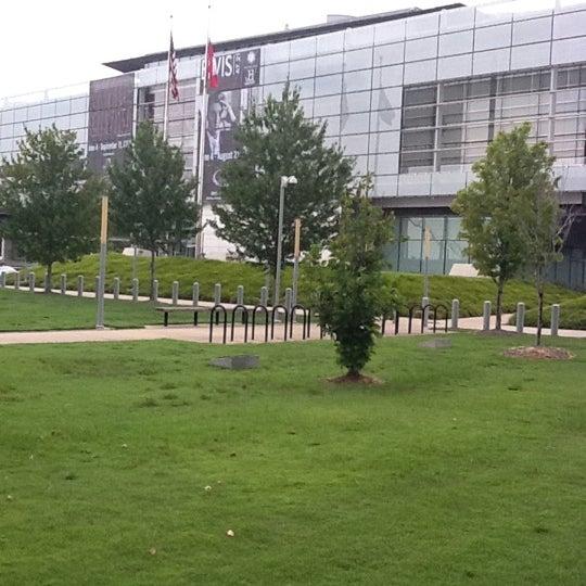 Foto tomada en William J. Clinton Presidential Center and Park por DeWayne L. el 8/7/2011