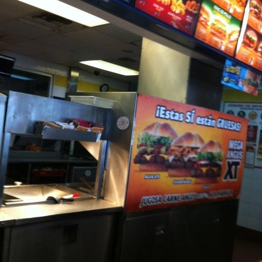 Photo taken at Burger King by Anton i. on 2/27/2012