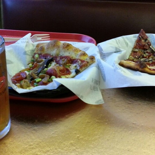 Photo taken at Pizza My Heart by Adam L. on 8/12/2012