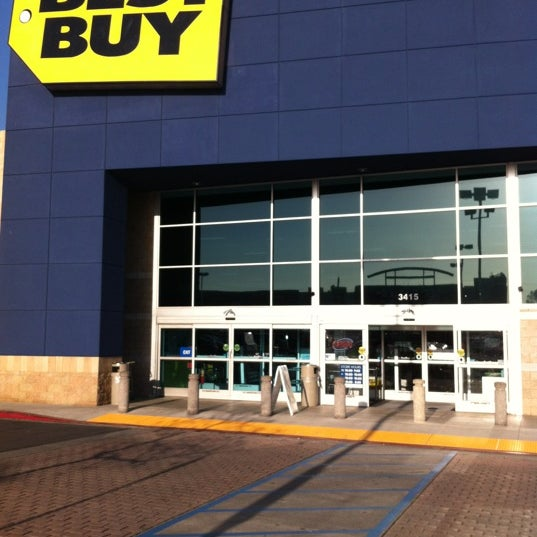Best Buy Electronics Store In Far East Pasadena