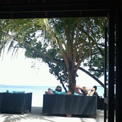 Photo taken at Vilamendhoo Island Resort & Spa by Oleg K. on 7/16/2012