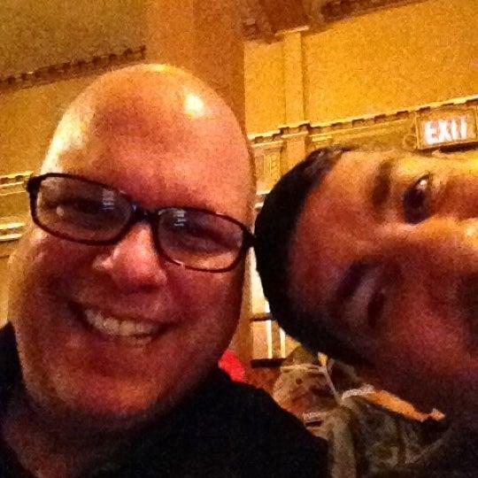 รูปภาพถ่ายที่ Belasco Theatre โดย Gerard เมื่อ 8/3/2012