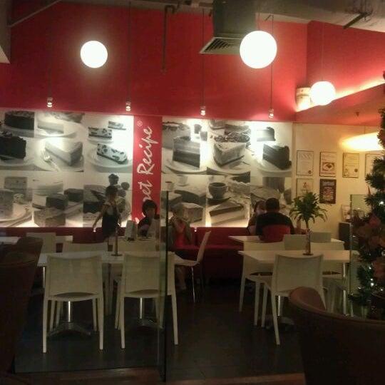 Photo taken at Secret Recipe by Ahmad Danial J. on 12/27/2011