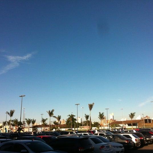 Foto tirada no(a) Boulevard Shopping Campos por Leonardo V. em 8/4/2012