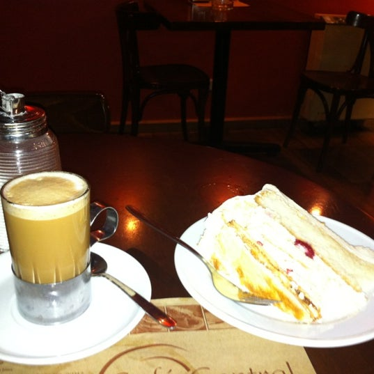 Photo taken at Café Central by Arturo P. on 4/23/2012