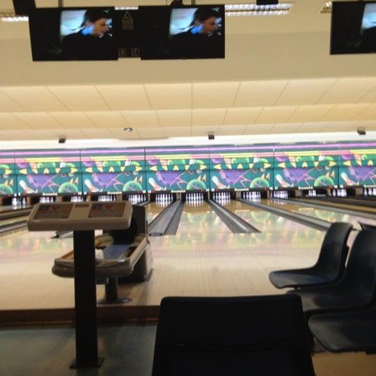 Ten pin bowling tuggeranong