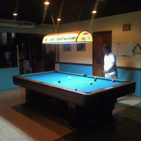 Photos At Honeycomb Tourist Inn Tips From Visitors - Honeycomb pool table