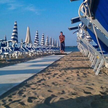 Foto scattata a Bagno Adriatico 62 da Fabiola G. il 6/9/2012