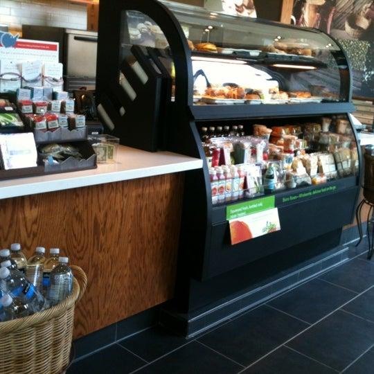 Photo taken at Starbucks by Kokopuff on 7/26/2012
