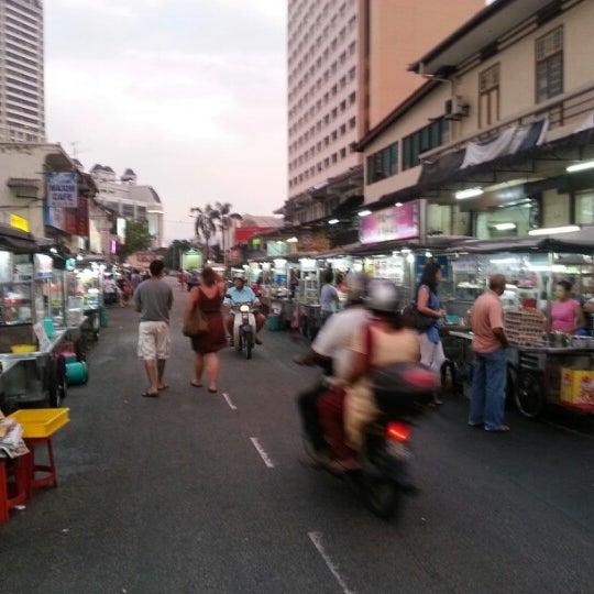 Photo taken at New Lane Hawker Stalls by Rashaad B. on 9/3/2012