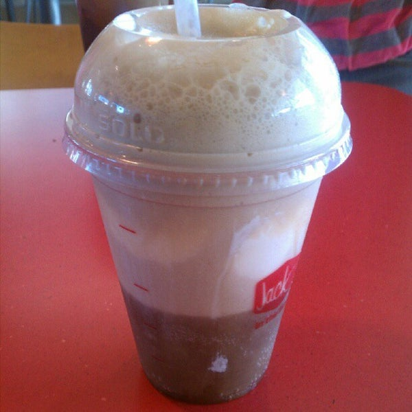 Photo taken at Jack in the Box by Meileena B. on 5/12/2012