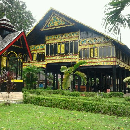 sejarah taman mini indonesia indah pdf