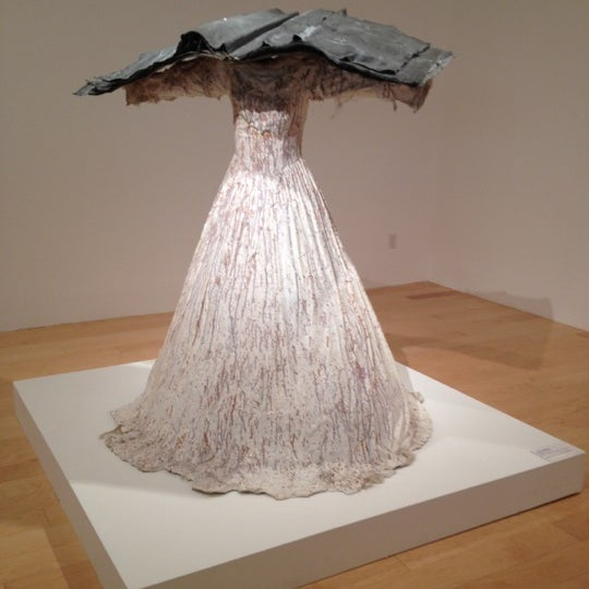 Photo taken at Palm Springs Art Museum by Martina on 11/12/2011