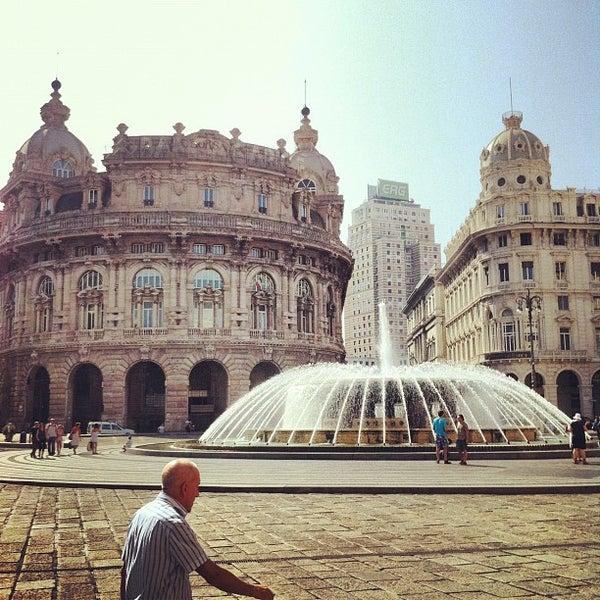 Foto scattata a Piazza de Ferrari da Igor K. il 7/31/2012