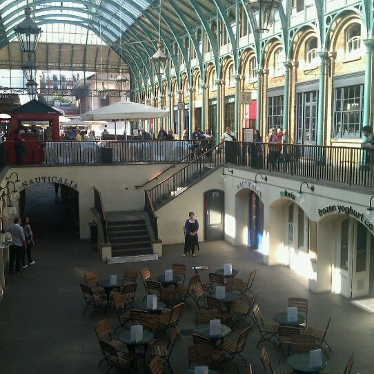 Photo taken at Covent Garden Market by Amador G. on 9/15/2011