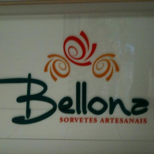 Foto tirada no(a) Bellona Sorvetes Artesanais por Francine V. em 10/7/2011