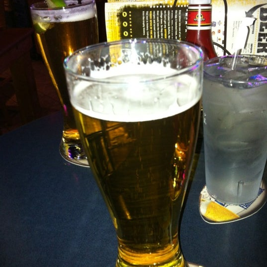 Photo taken at Buffalo Wild Wings by Andrew R. on 11/15/2011