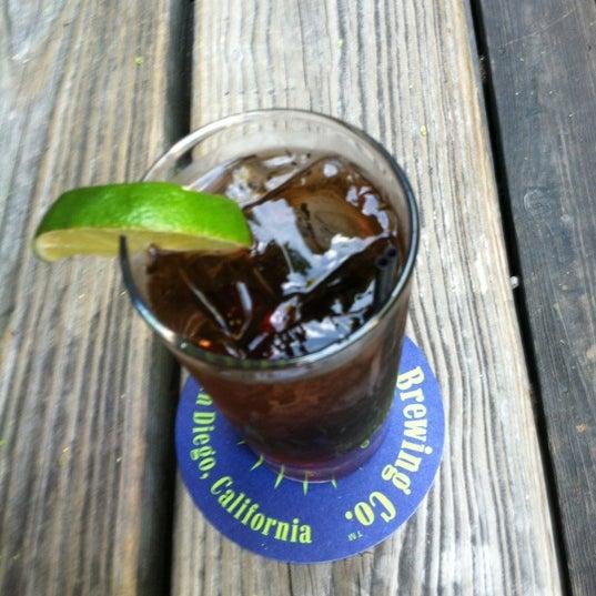 Das Foto wurde bei Sycamore Flower Shop + Bar von Kristi M. am 7/5/2012 aufgenommen