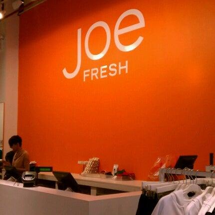 Photo taken at Joe Fresh by Rob 🌱🌻🌼🌞 C. on 9/12/2012