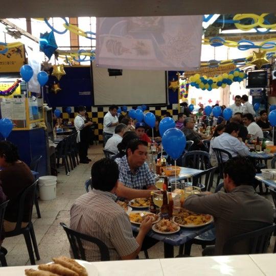 Foto tomada en Mariscos Altamar por Roydrigo T. el 7/27/2012