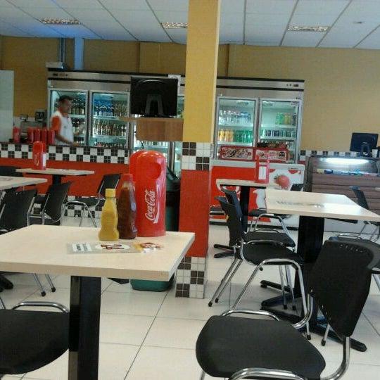 Foto tirada no(a) Eco Lanches por Henrique F. em 3/9/2012