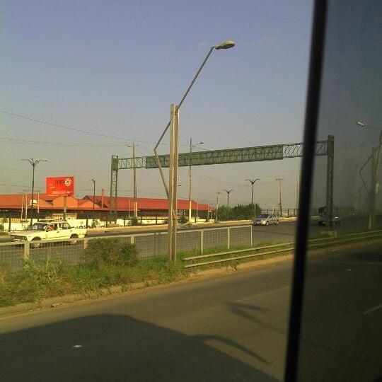 Photo taken at Durán by Juan R. Bastidas on 5/26/2012