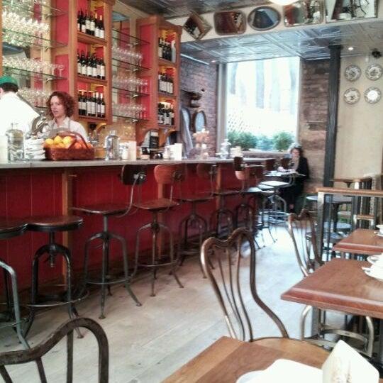 Foto scattata a Buvette da joanne w. il 4/10/2012
