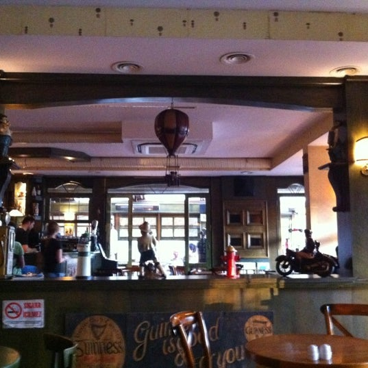 Photo taken at Cafe La Vie by Ezgi T. on 7/15/2012