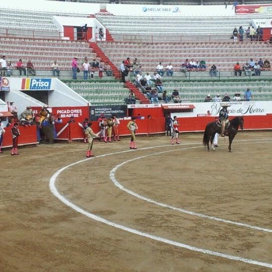 Foto tomada en Plaza de Toros Nuevo Progreso por JU@N P@BLO R. el 8/26/2012