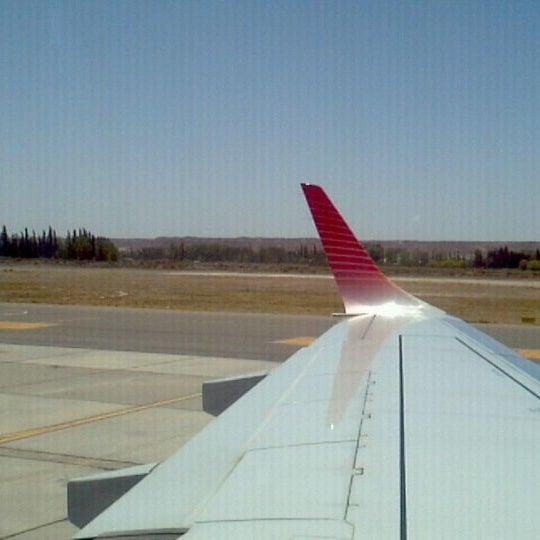 Foto tomada en Aeropuerto Internacional del Neuquén - Presidente Juan D. Perón (NQN) por David S. el 12/25/2011