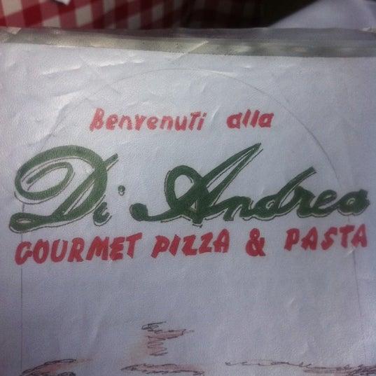 Foto tirada no(a) Di Andrea Gourmet Pizza & Pasta por Fernando Souza P. em 4/6/2012
