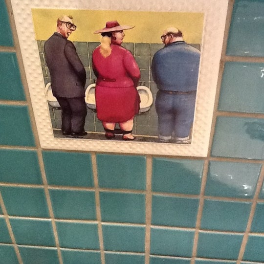 3/9/2012 tarihinde Itouchziyaretçi tarafından Cozy Bar&Restaurant'de çekilen fotoğraf