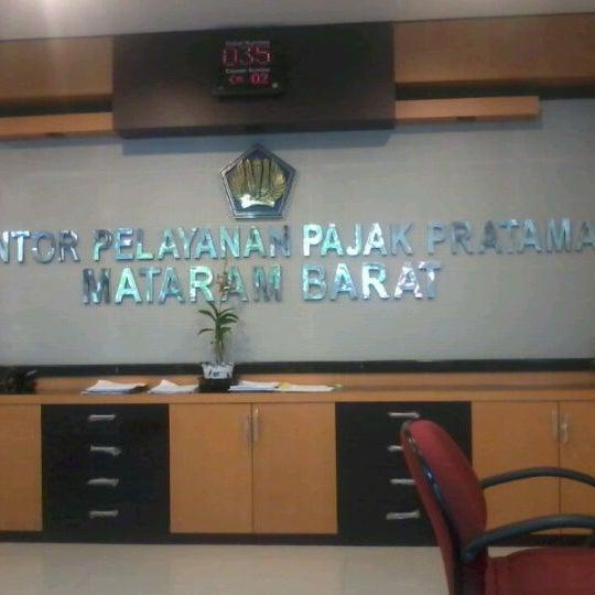 Photo taken at Kantor Pelayanan Pajak Pratama Mataram Barat by Bangkit C. on 2/28/2012