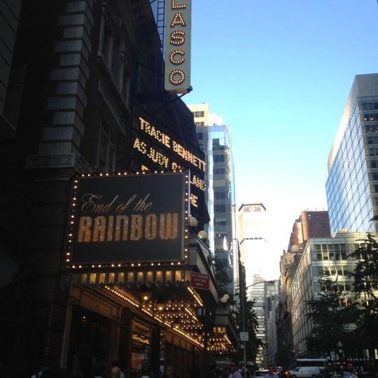 รูปภาพถ่ายที่ Belasco Theatre โดย Angel M. เมื่อ 5/31/2012