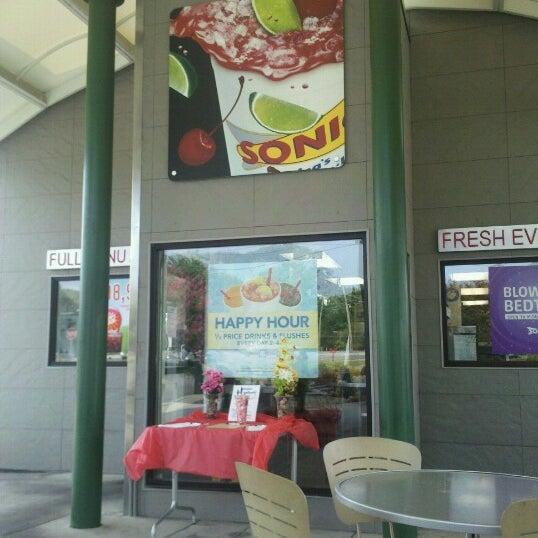 Fast Food Restaurant In Huntsville