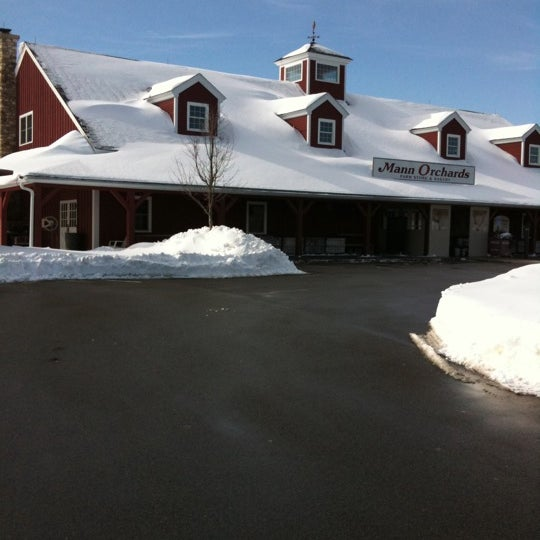 Photo taken at Mann Orchards Farm Store & Bakery by Her M. on 1/27/2011