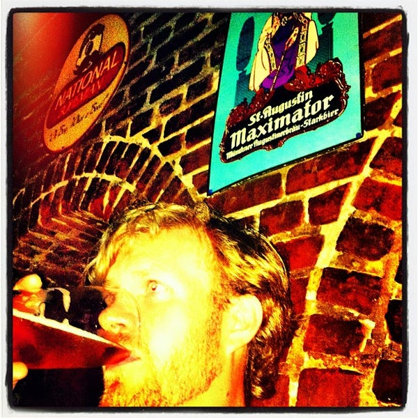 Photo taken at The Brewer's Art by Steve L. on 9/3/2012