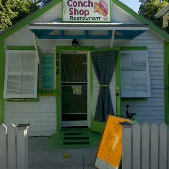 Conch shop now closed caribbean restaurant in key west for Key west fish and chicken