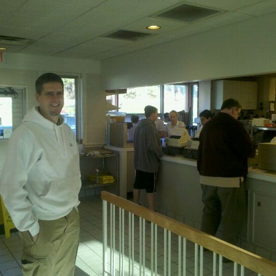 Photo taken at Bodo's Bagels by Paul P. on 12/19/2011